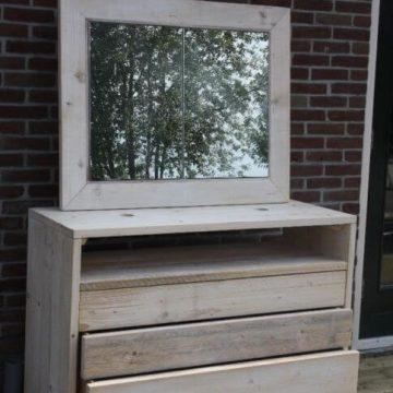Afbeelding Beuckenroode ladekast met spiegel